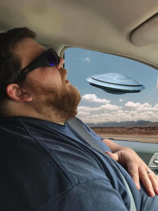 Cuando el marido dormido conoce a Photoshop.