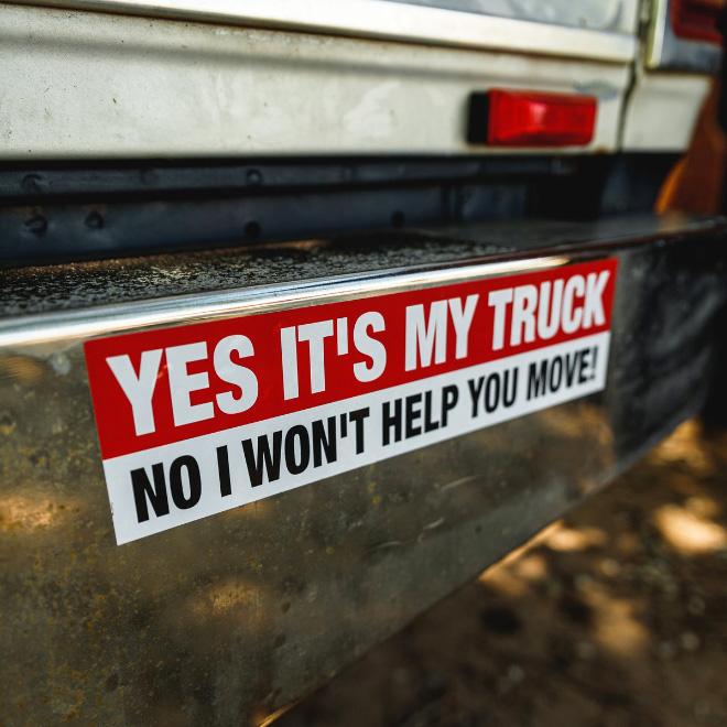Signo de camión divertido.