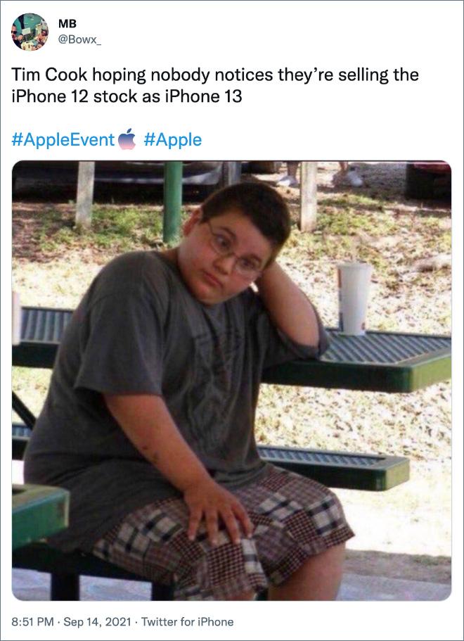 Tim Cook espera que nadie se dé cuenta de que están vendiendo el iPhone 12 estándar como iPhone 13.